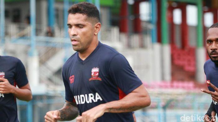 Pemain Madura United, Alberto Goncalves, yang dipinjam PErsija Jakarta. (Foto: Deni Prastyo Utomo/detikcom)
