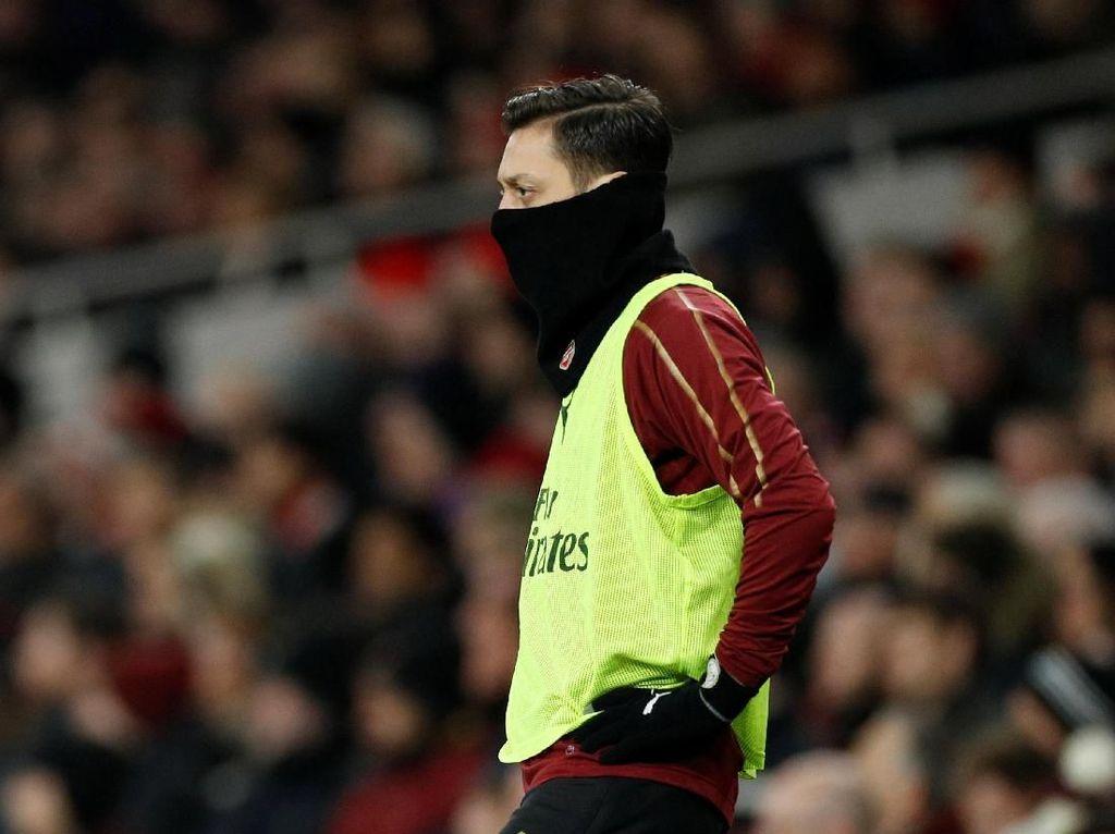 Dapat Kontrak Baru, Oezil Malah Loyo di Arsenal