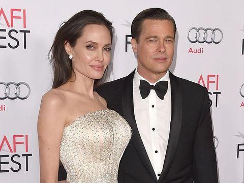Angelina Jolie dan Brad Pitt/