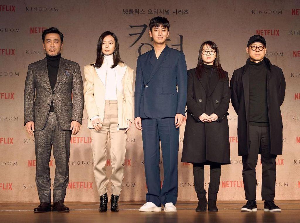Biasa Action-Thriller, Bae Doona Pertama Kali Main Serial Horor di  Kingdom