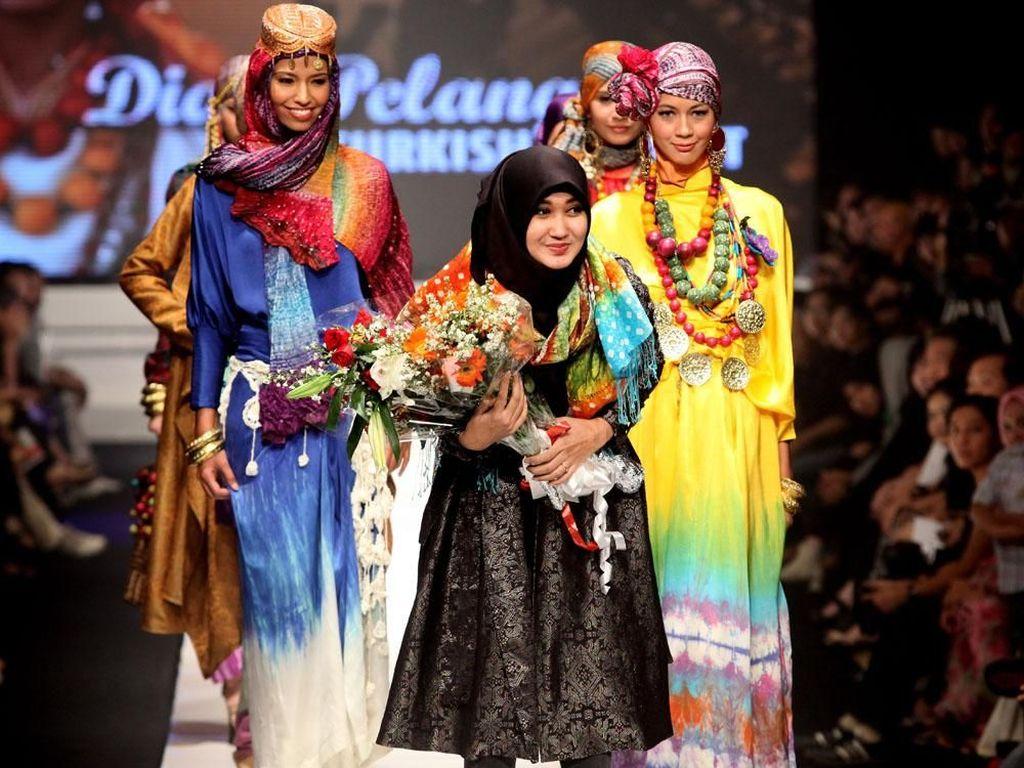 10 Tahun Berlalu, Ini Perbedaan Gaya Hijab 2009 dan 2019 di Indonesia