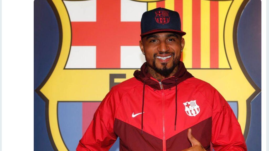 Semringahnya Kevin Prince Boateng Diboyong Barca ke Camp Nou