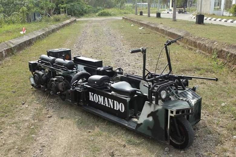 Motor Vespa Dirombak Makara Kendaraan Militer. Foto: Dok. Bagas Roffiyanto