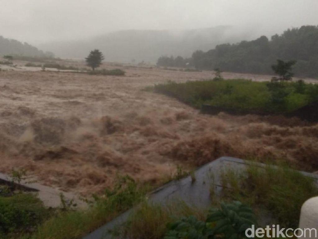 Sungai Meluap, Ribuan Rumah di Gowa Sulsel Terendam Banjir