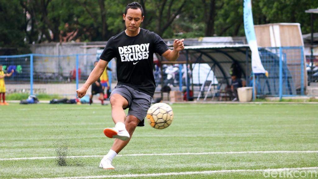Lord Atep, Eks Pemain Persib yang Diputus Kontrak dan Siap jadi Pelatih
