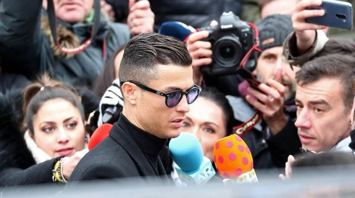 Cristiano Ronaldo dihukum penjara dan denda atas kasus penggelapan pajak di Spanyol. Foto: Sergio Perez/Reuters