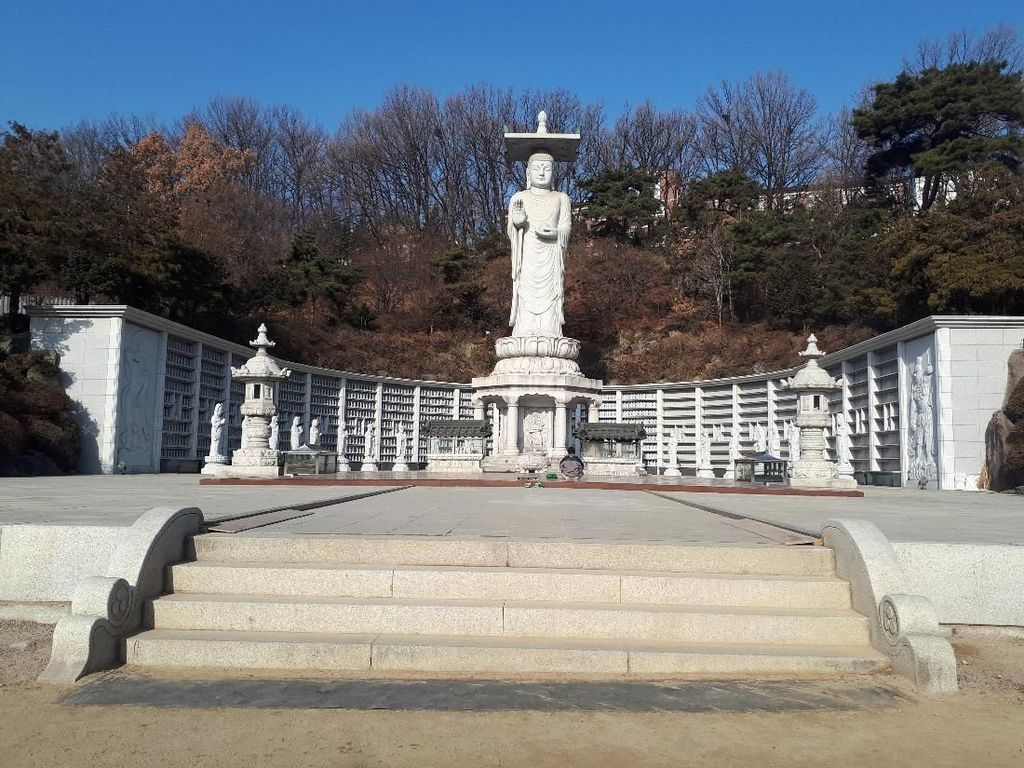 Kuil Bongeunsa, Oase di Tengah Kemodernan Distrik Gangnam