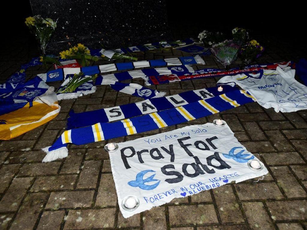 Pray For Sala, Pemain Cardiff City yang Pesawatnya Hilang Kontak
