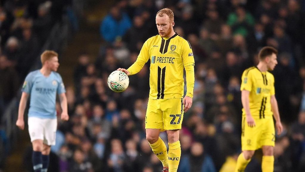 Burton Albion: Cetak Satu Gol ke Gawang City Akan Jadi Tonggak Sejarah