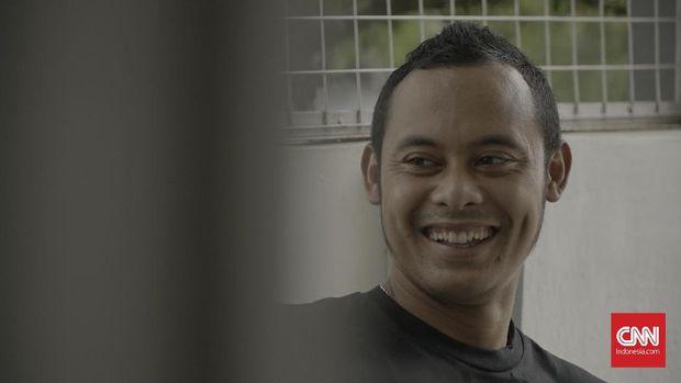 Pesepak bola Atep saat ditemui di kediamannya di Bandung, Jawa Barat, Rabu (16/1).