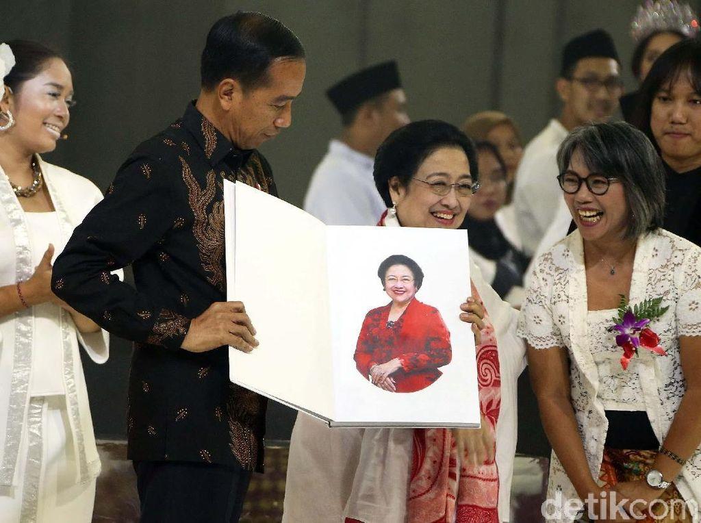 The Brave Lady untuk Jokowi-JK di Ultah Megawati