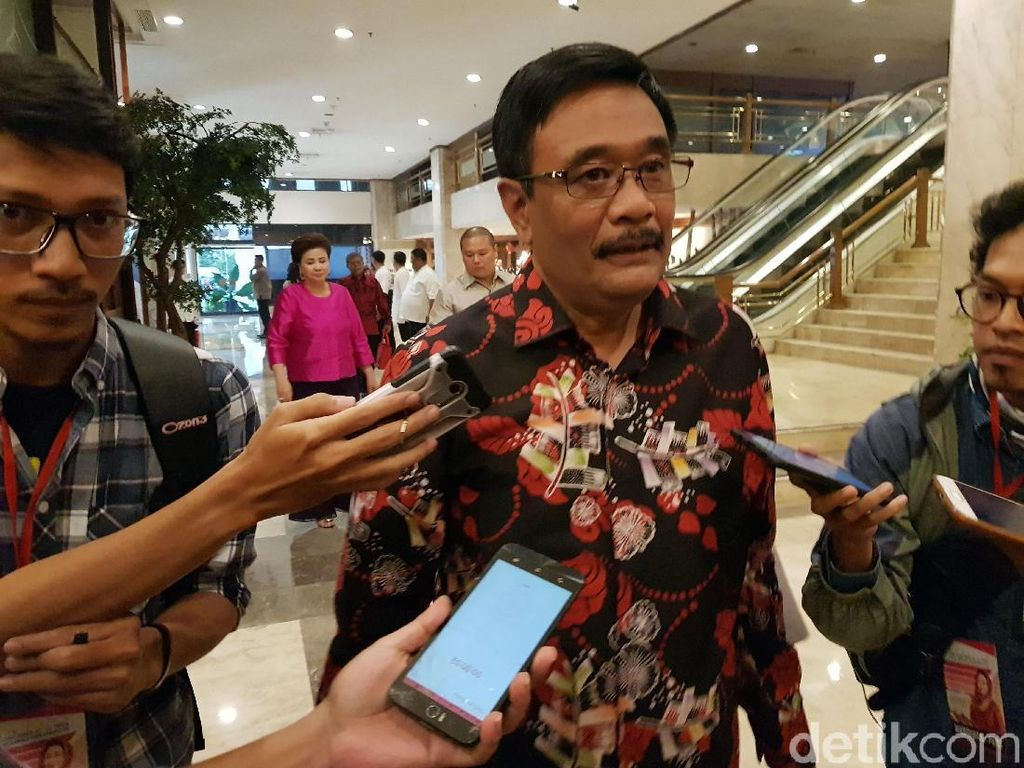 Djarot: Ahok Ngeband di Mako Brimob, Nyanyi We Are The Champions