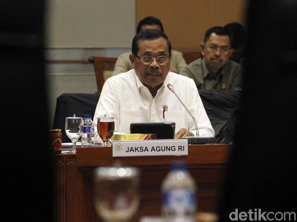 Jaksa Agung Persilakan Baiq Nuril Ajukan Amnesti ke Jokowi