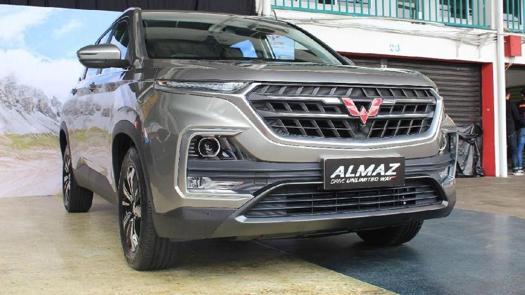 Mobil Kembar Tiga Captiva, Almaz, Baojun