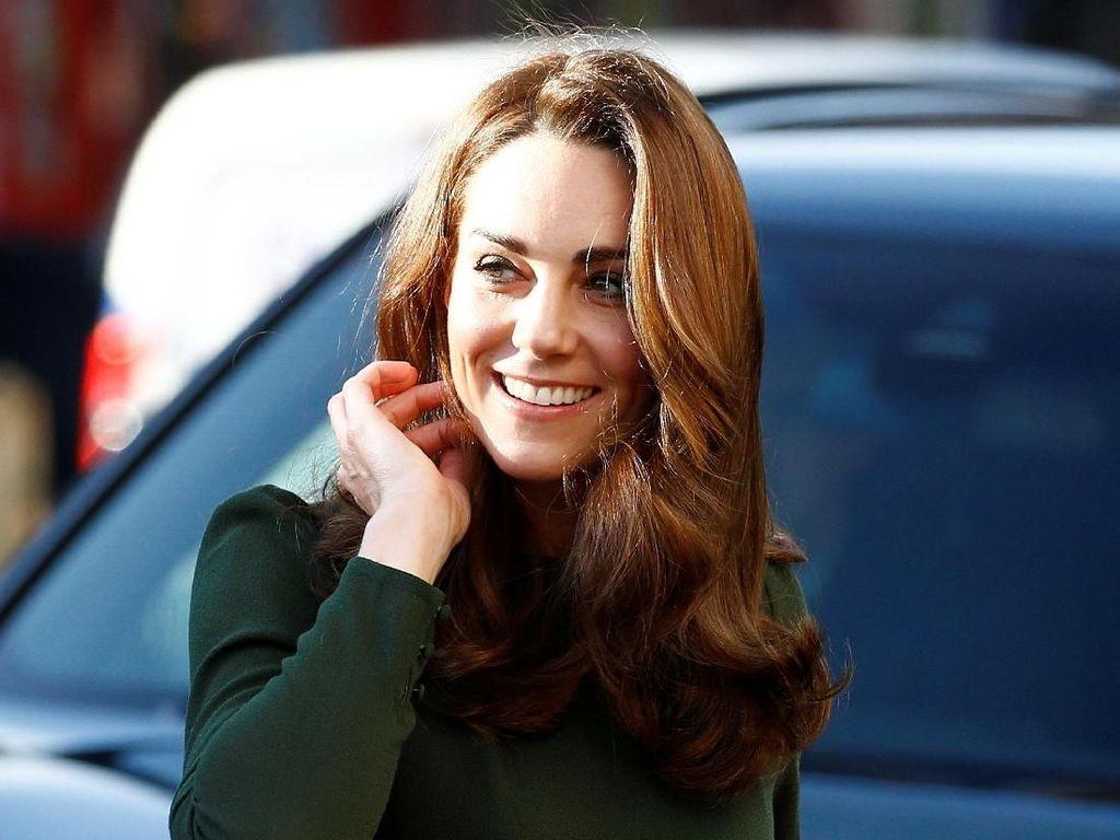 Foto: Gaya Stylish Kate Middleton Dukung Korban Perdagangan Manusia