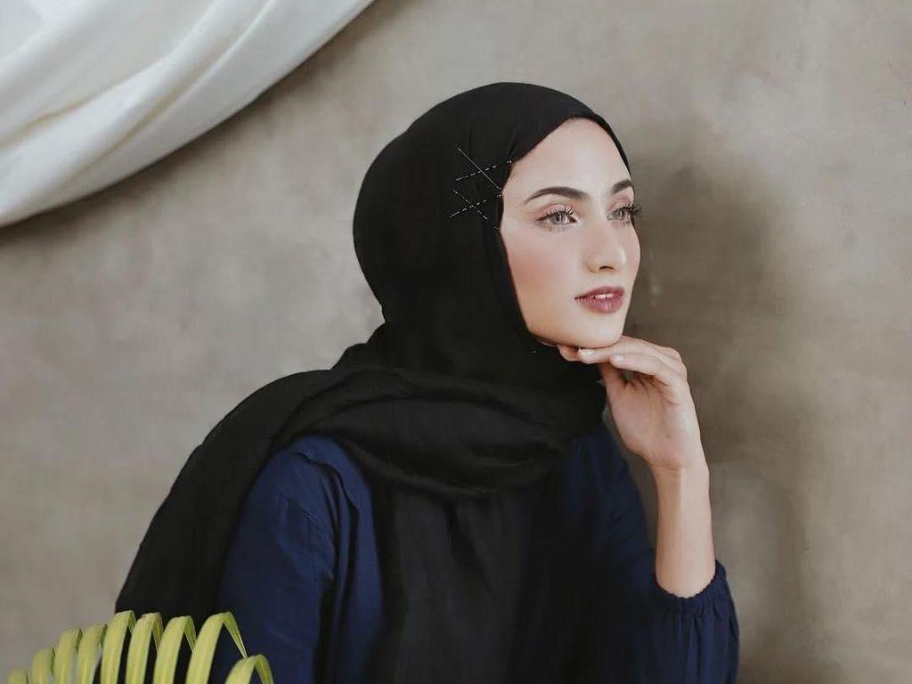 Foto: Tren Hijab Pakai Jepit Rambut Ala Selebgram, Mau Ikutan?