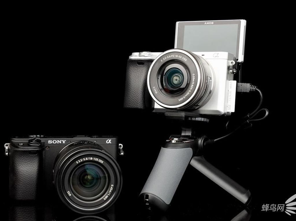 Penampakan Sony A6400, Kamera Mirrorless Buat YouTuber