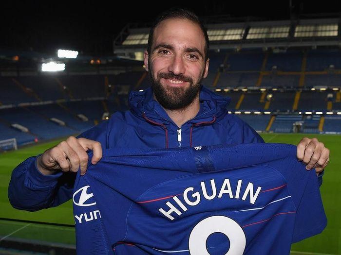 Gonzalo Higuain memilih nomor 9 di Chelsea (Instagram @chelseafc)