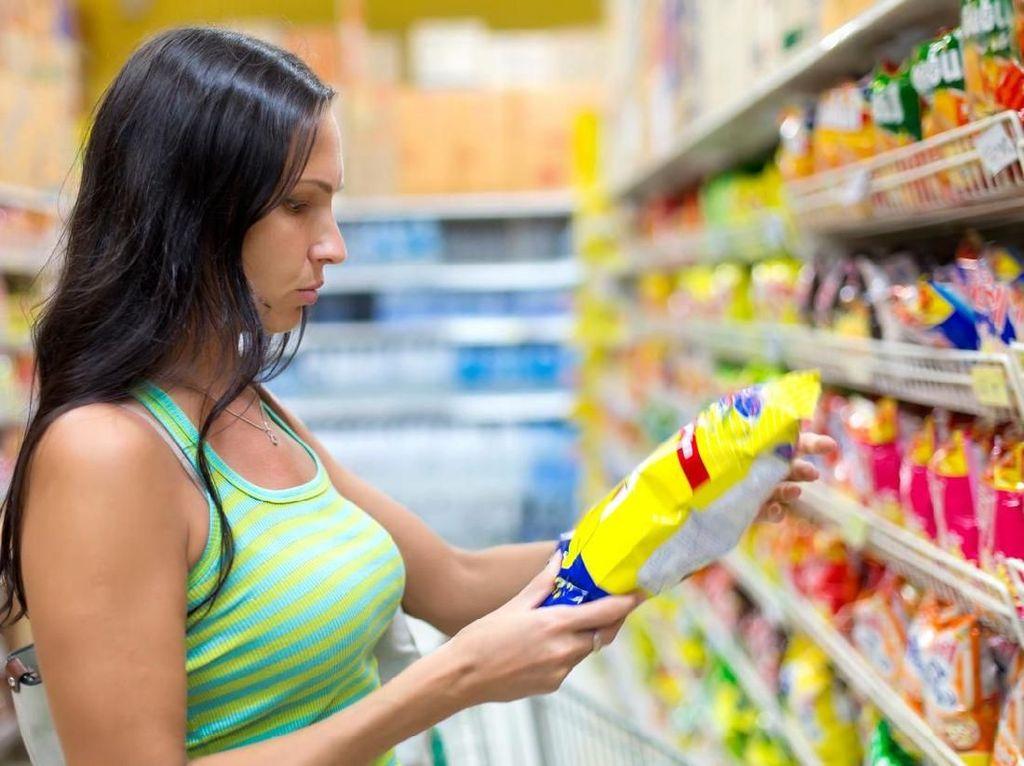 Kemasan Snack Selalu Gembung dan Isinya Sedikit, Ternyata Ini Alasannya