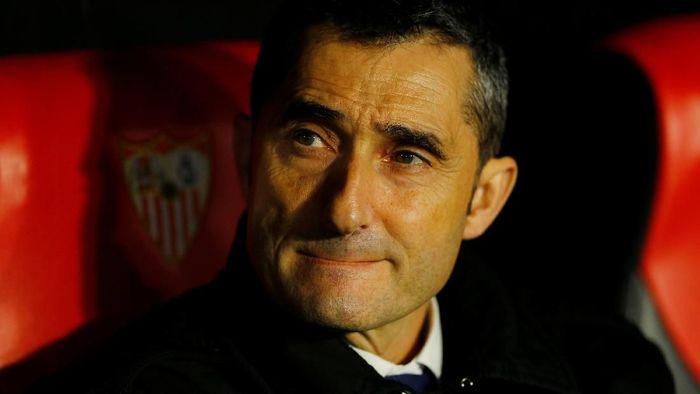 Ernesto Valverde menjadi pelatih pertama yang dipecat Barcelona dalam 17 tahun. Foto: Marcelo Del Pozo/Reuters