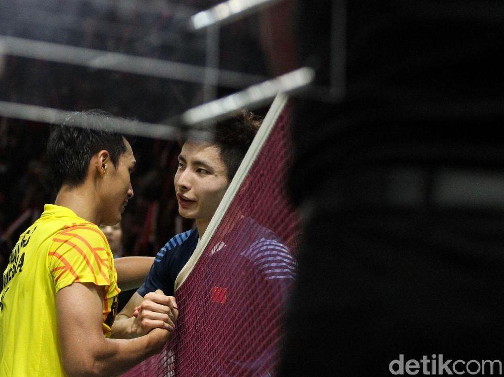 Bukan Suporter Berisik, tapi Shi Yuqi Kalah Dari Jonatan karena Kelelahan