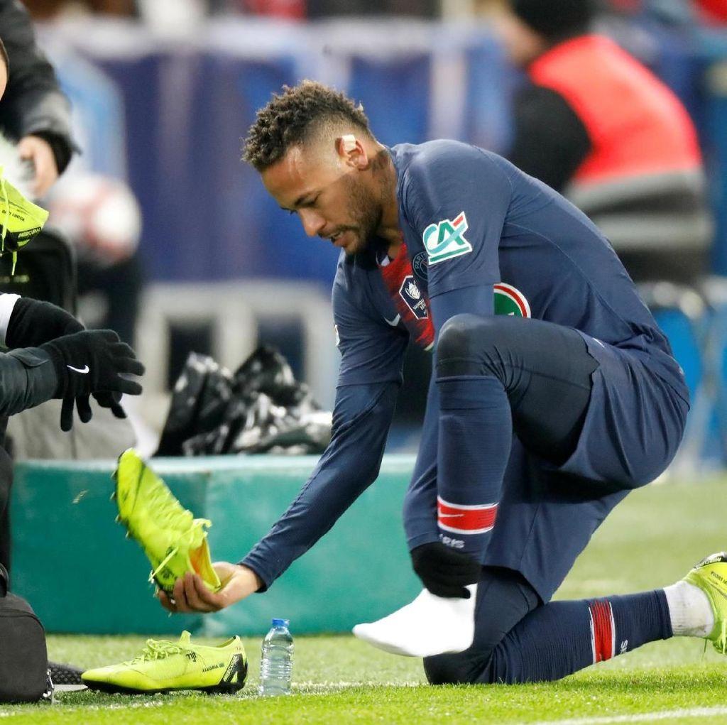 Neymar Cedera Metatarsal Lagi
