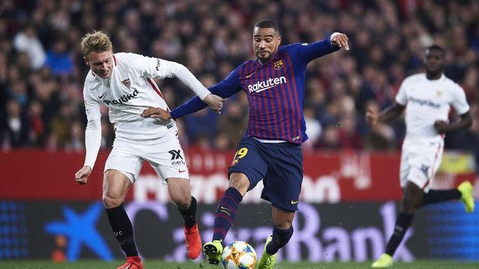 Barca tampil tanpa Lionel Messi. Pelatih Ernesto Valverde langsung memainkan Kevin-Prince Boateng, yang dipinjam dari Sassuolo, sebagai starter. (Foto: Aitor Alcalde/Getty Images)