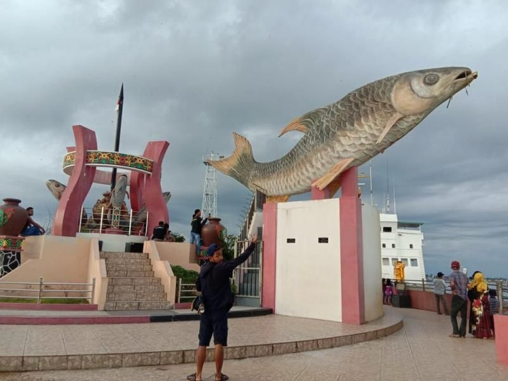 Berwisata di Sampit, Ada Apa di Sana?