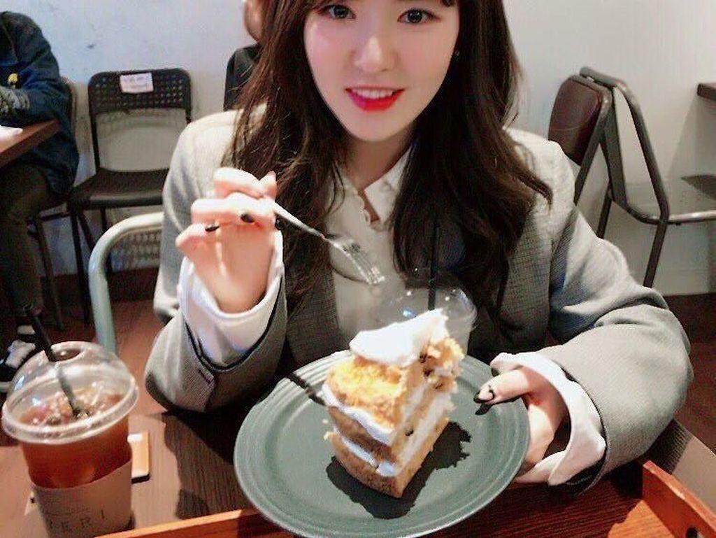 Cantik dan Punya Otak Encer, Wendy Red Velvet Juga Penggila Dessert