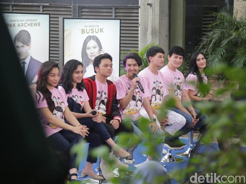 Rilis Film Terlalu Tampan di  Jakarta