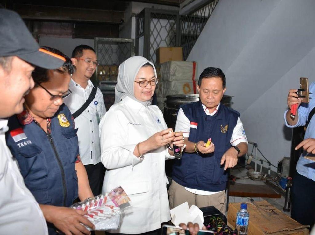 Ketangkap! BPOM Gerebek 4 Tempat Produksi Kosmetik yang Dipalsukan Senilai Rp 30 Miliar