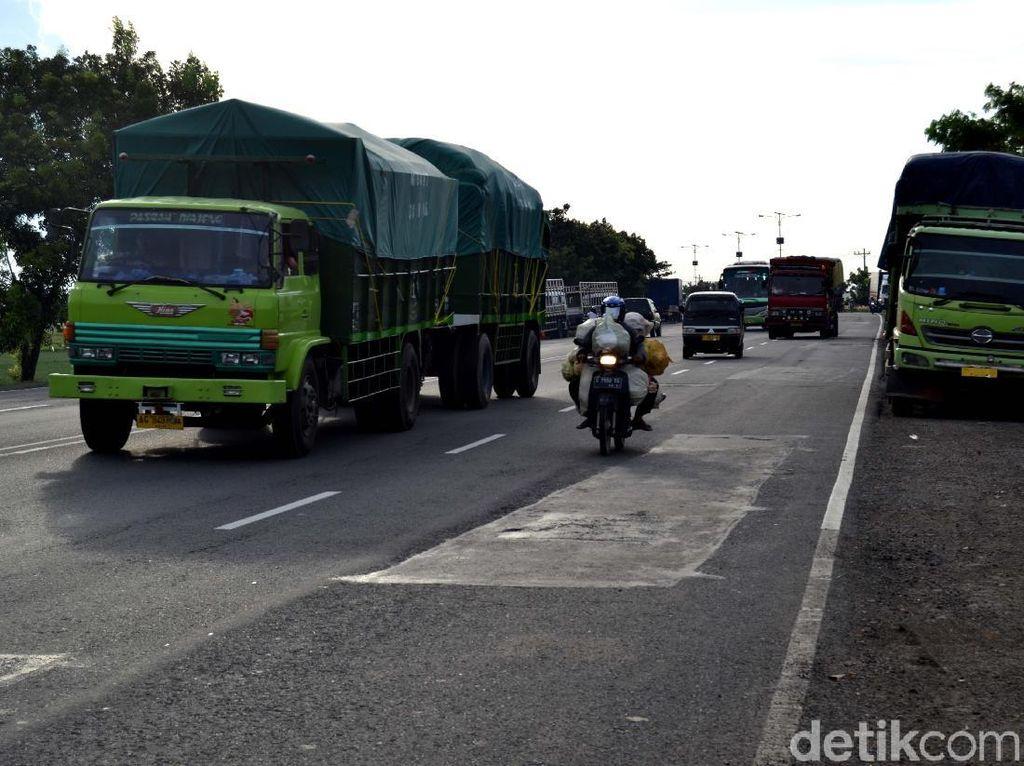 Lewat Tol Trans Jawa Mulai Bayar Penuh, Truk Pindah Lagi ke Pantura