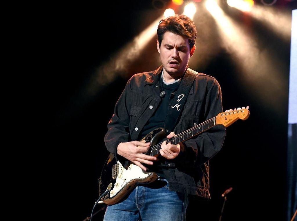John Mayer Sebut Perempuan Itu Seperti Kokain, Bahaya dan Bikin Candu