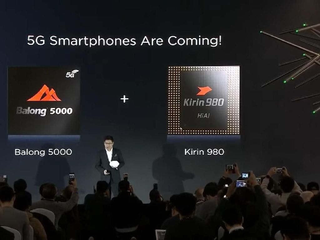 Huawei Siap Pamer Ponsel Layar Lipat 5G di Barcelona