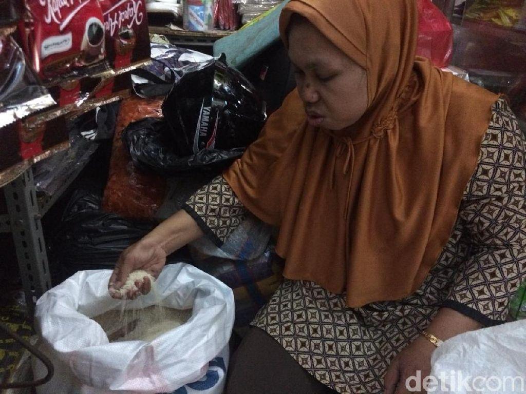 Beras Medium Rp 11.000/Kg, Pedagang: Naik Sejak Desember