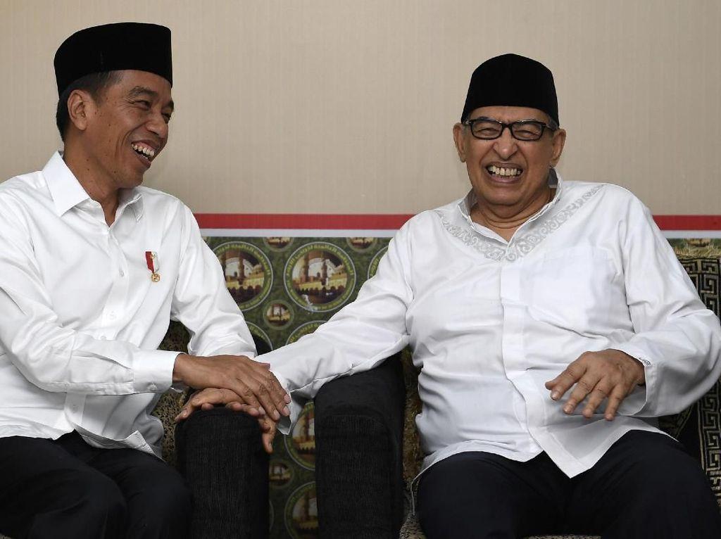 Potret Hangatnya Pertemuan Jokowi dan Quraish Shihab