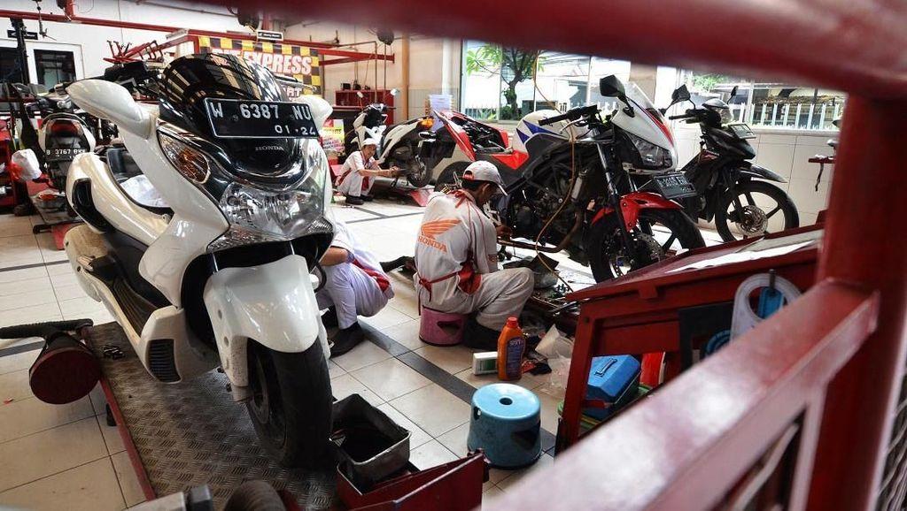 5 Juta Motor Honda Diservis di AHASS