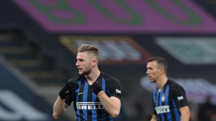 Milan Skriniar bakal teken kontrak baru di Inter Milan (Emilio Andreoli/Getty Images)