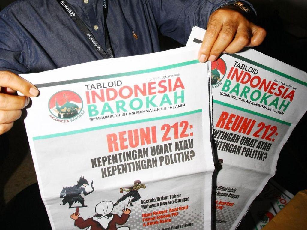 Di Bekasi, Tabloid Indonesia Barokah Disebar ke 12 Masjid