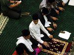 TKN Tepis BPN Prabowo: Jokowi Tak Pernah Politisasi Salat