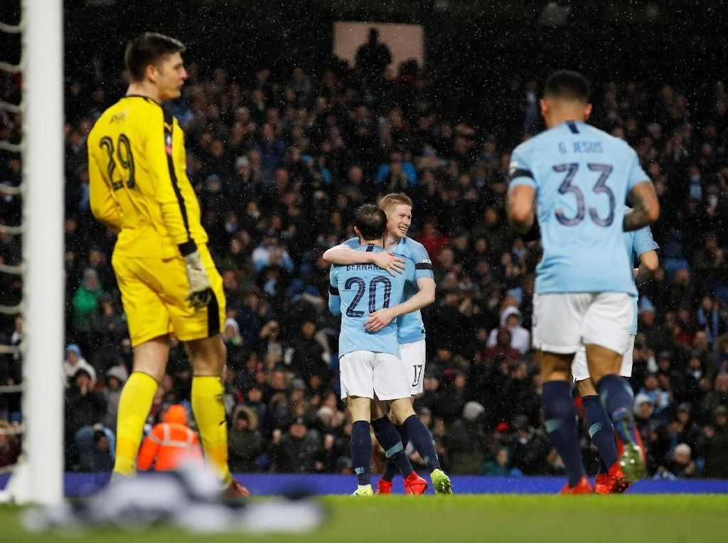 Hasil Piala FA: Hajar Burnley 5-0, Man City ke Babak Kelima