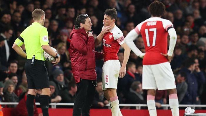 Arsenal kehilangan dua bek tengah saat melawan Manchester United di Piala FA. (Foto: Catherine Ivill/Getty Images)