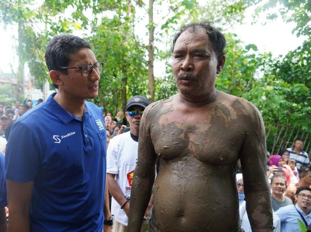 Ini Ilyas Pria Berlumpur yang Bantah Tuduhan Sandiwara Uno II