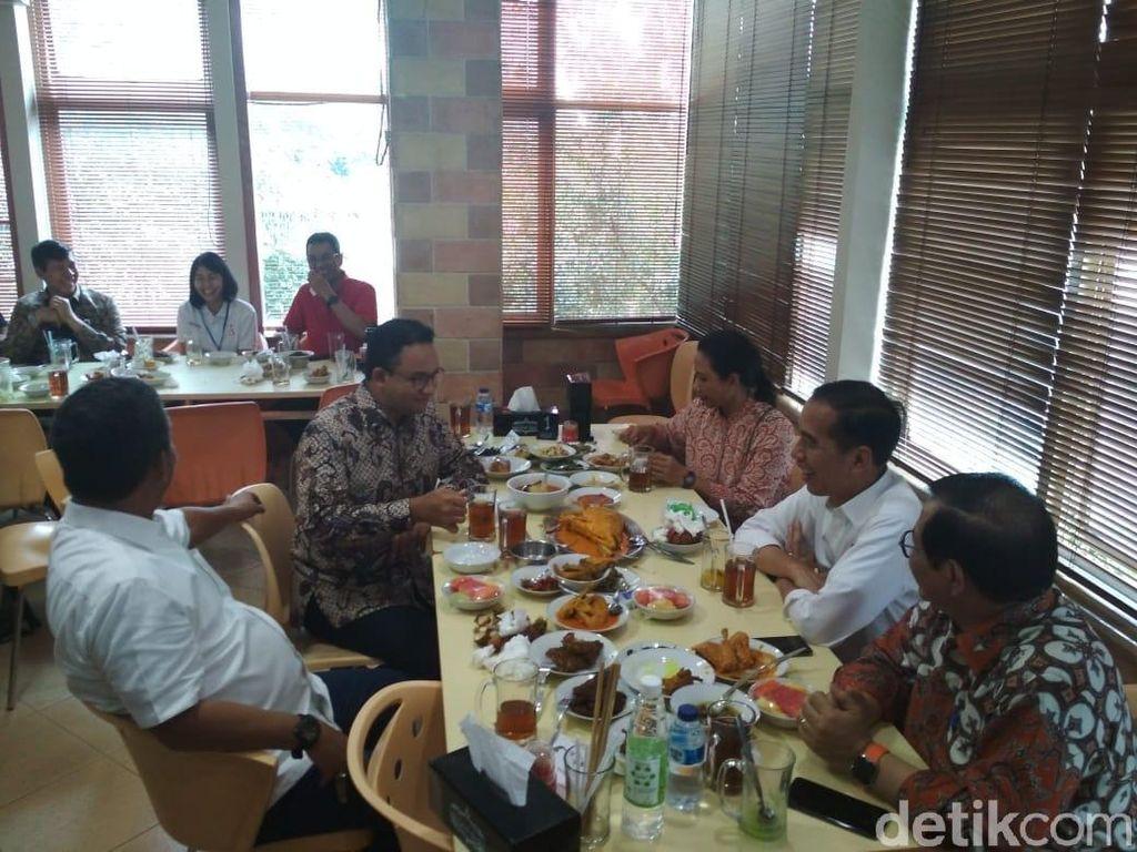 Momen Jokowi hingga Anies Santap Nasi Padang Bareng