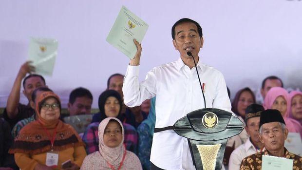 Amien Rais Curiga Jokowi Pura-pura Tak Tahu Ada Kontrol Mafia