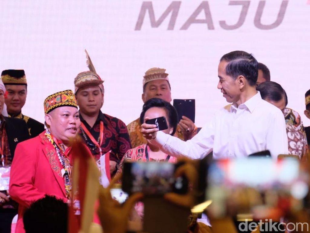 Sederet Sindiran Jokowi: Habis Propaganda Rusia Terbit Konsultan Asing