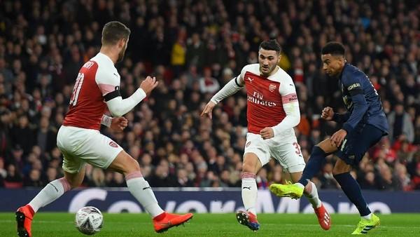 Hasil Piala FA: MU Tumbangkan Arsenal 3-1