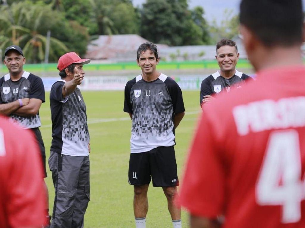 Sehari Jelang Berlaga di Piala Indonesia, Persipura Baru Ketemu Pelatih Barunya