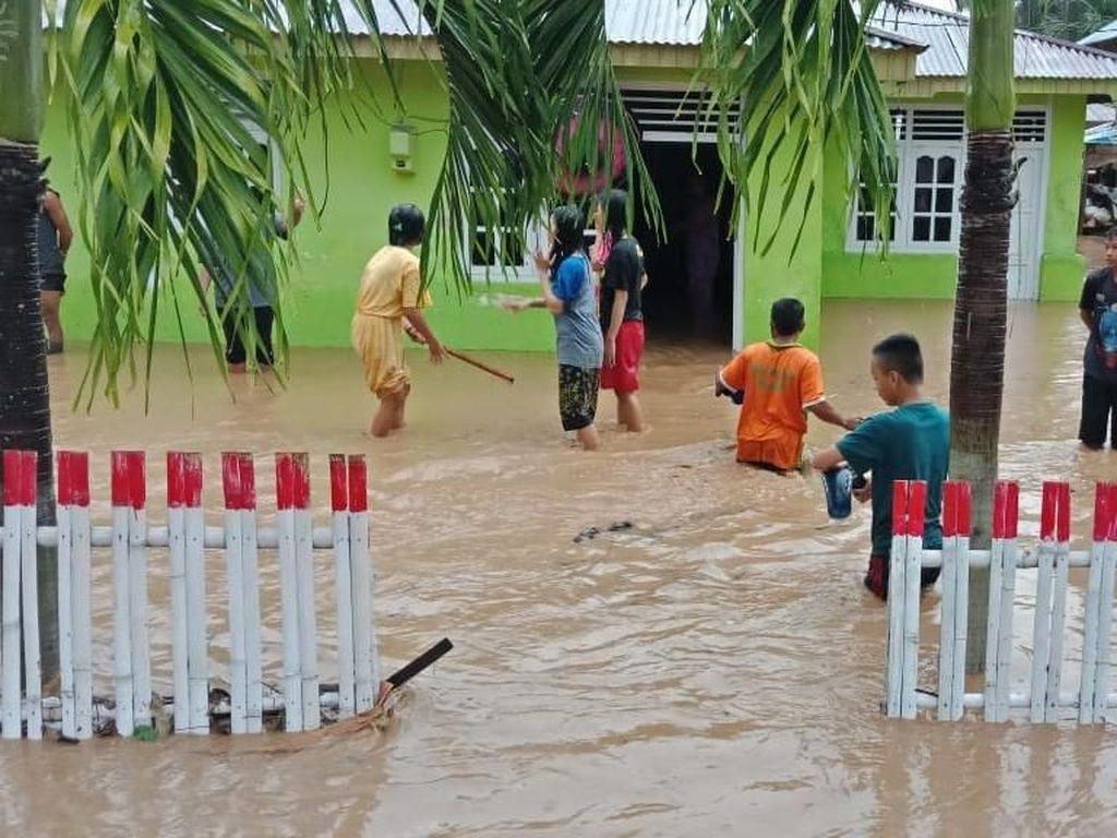 2.208 Warga Boalemo Gorontalo Terdampak Banjir