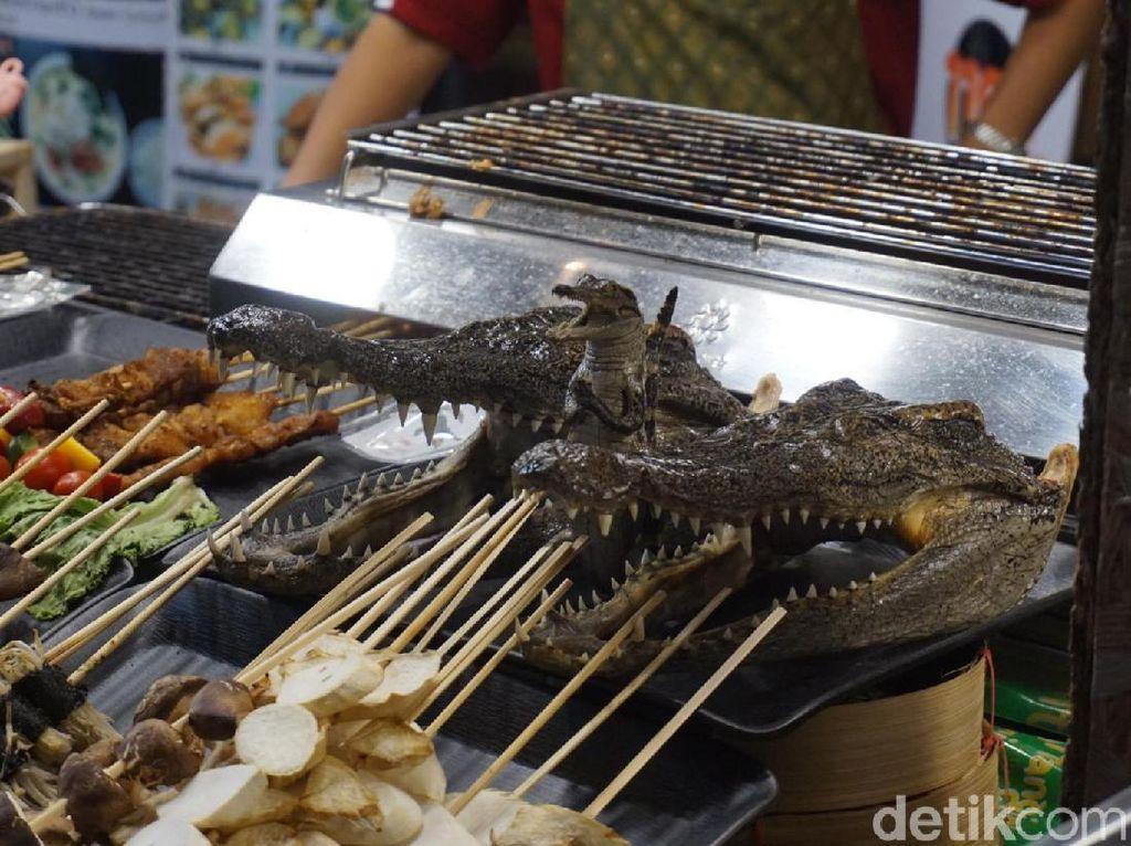 Kuliner Ekstrem di Thailand, Makan Buaya Sampai Belalang